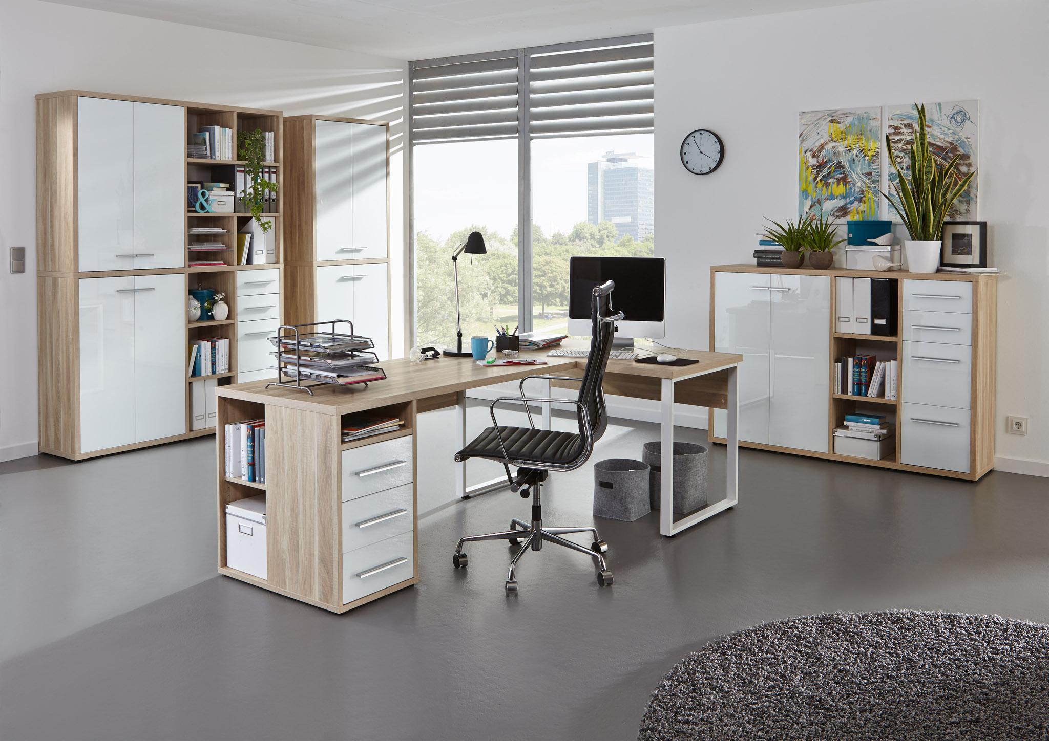 Arbeitszimmer & Büromöbel im Trop Möbelabholmarkt St.Johann in Tirol